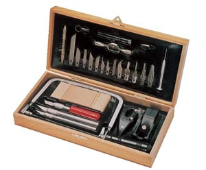 Deluxe Craft Tool Set